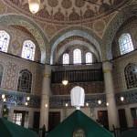 Uno dei mausolei dei sultani nel cortile di Santa Sofia