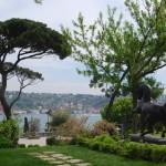 Vista dal giardino del museo