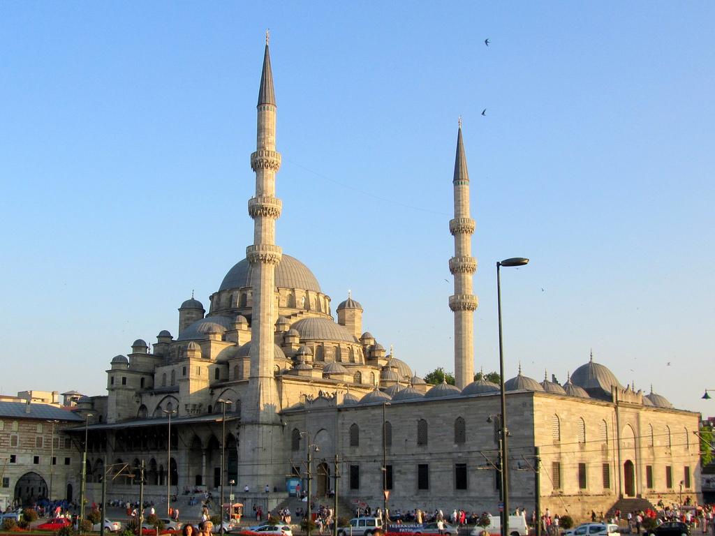 La Nuova Moschea Photo by David Jones